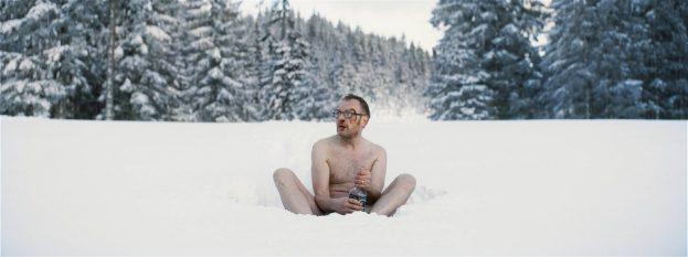 Mit Schnaps im Schnee